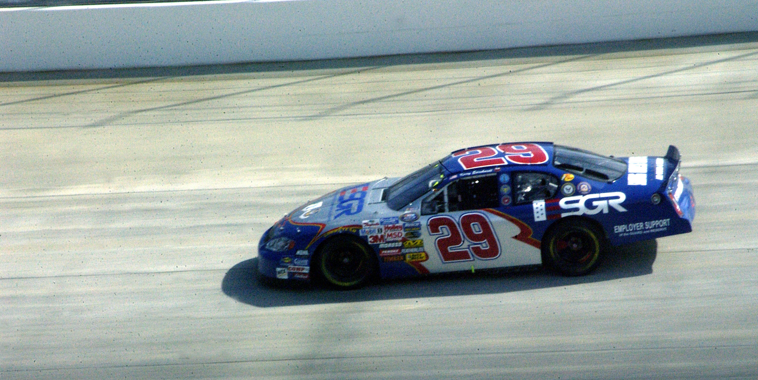 View photo of kerry earnhardt in the esgr car