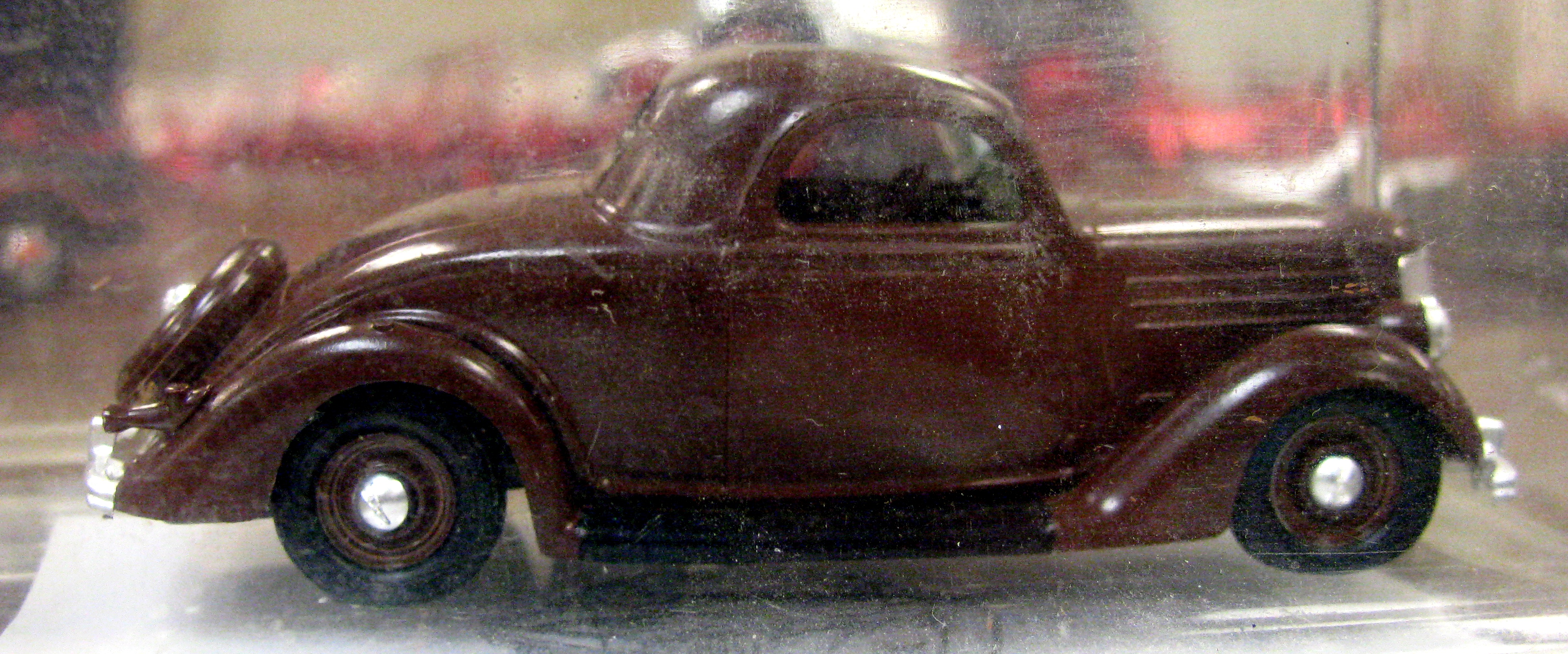 View photo of 1936 Ford Model - 2,594KB