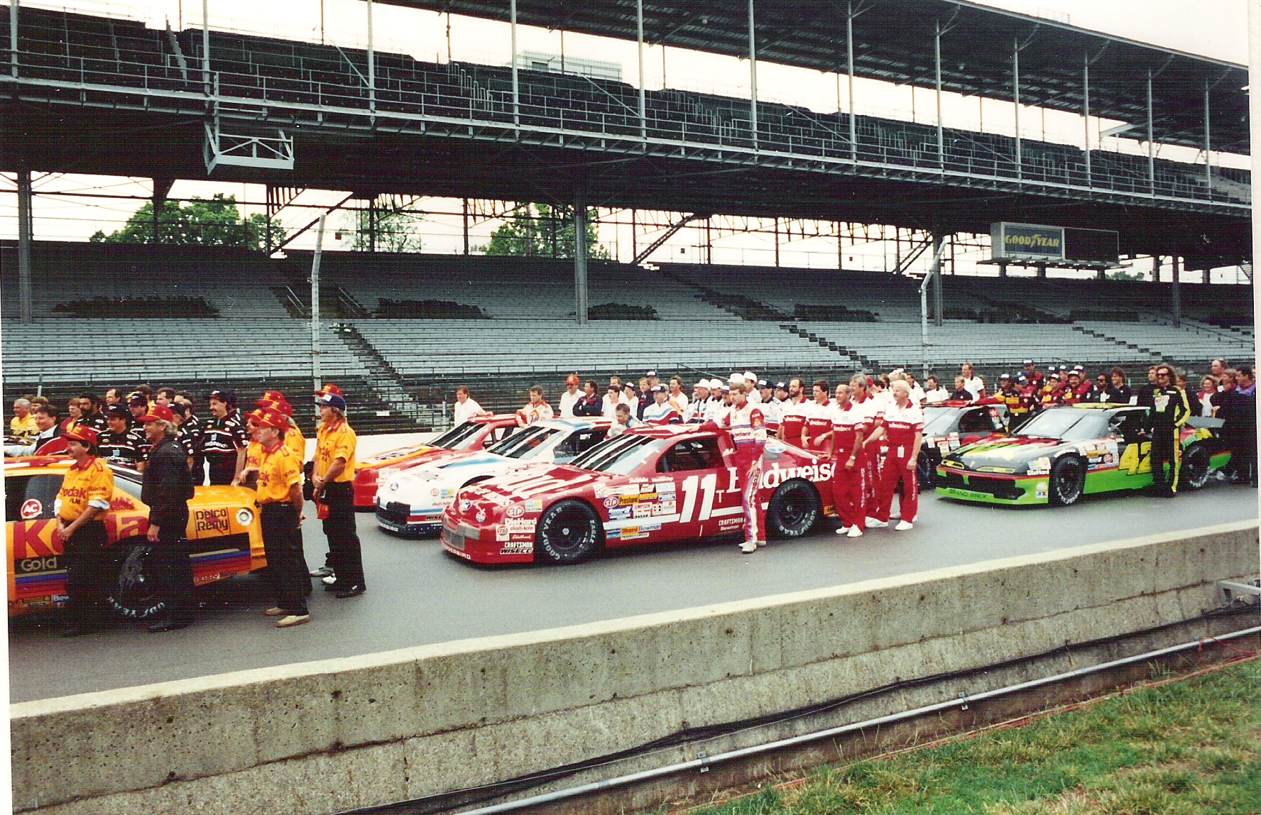 1992 indianapolis motor speedway nascar tire test for The indianapolis motor speedway