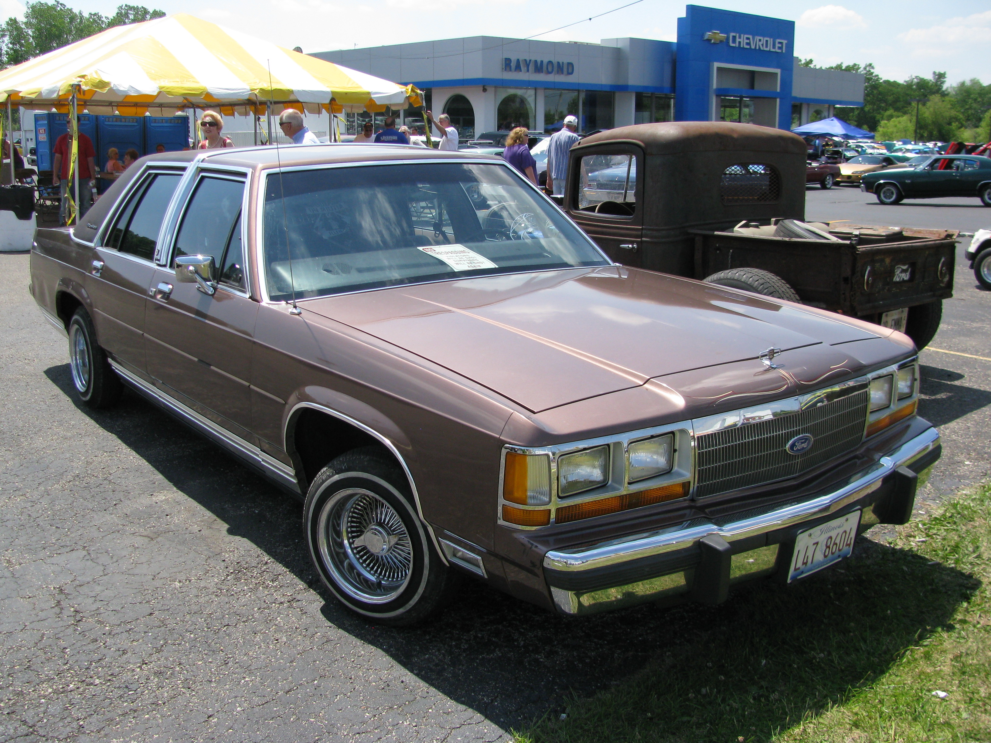 Ford LTD Crown Victoria - The Crittenden Automotive Library