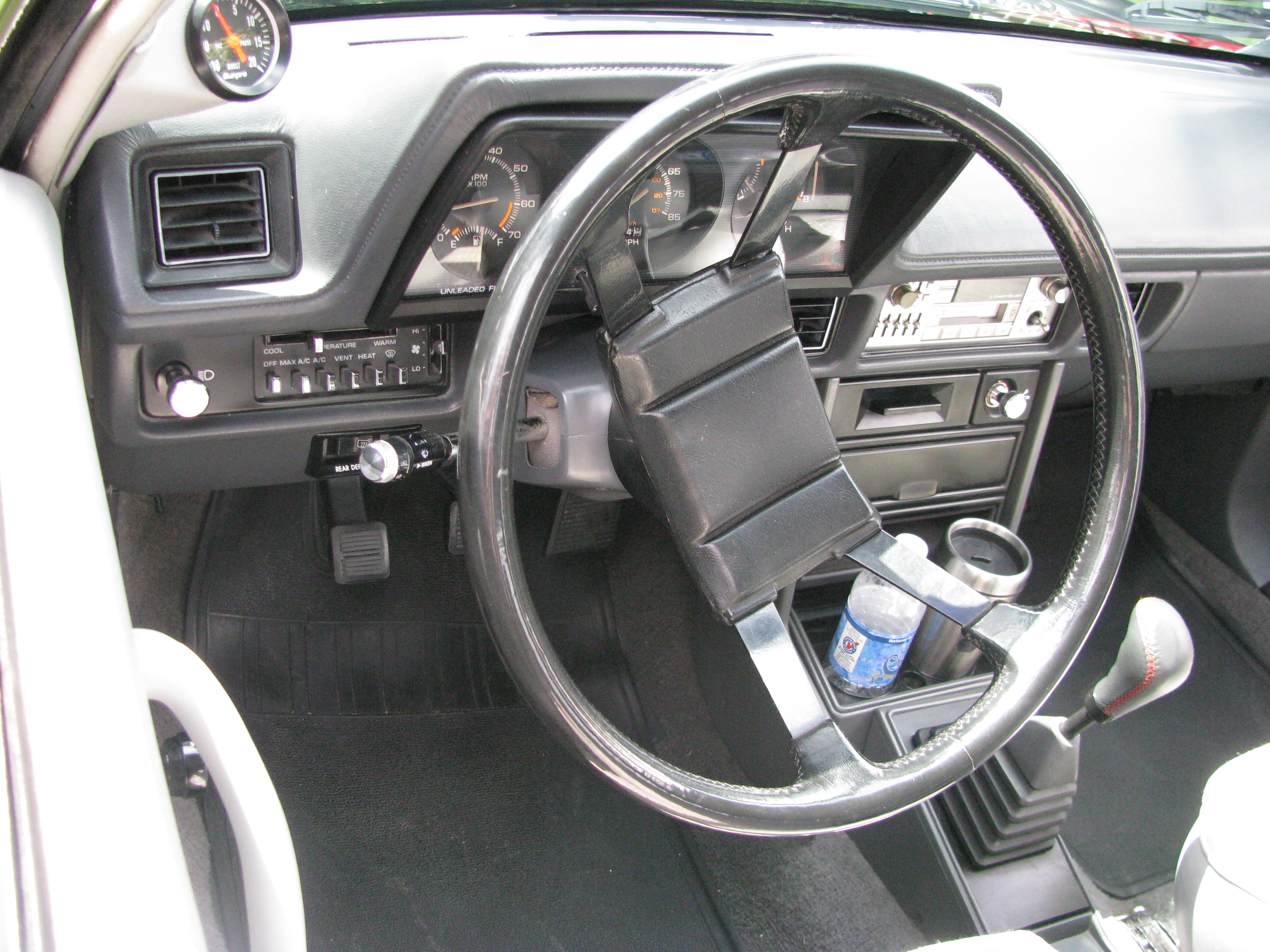 1986 dodge omni glh turbo car interior design. Black Bedroom Furniture Sets. Home Design Ideas