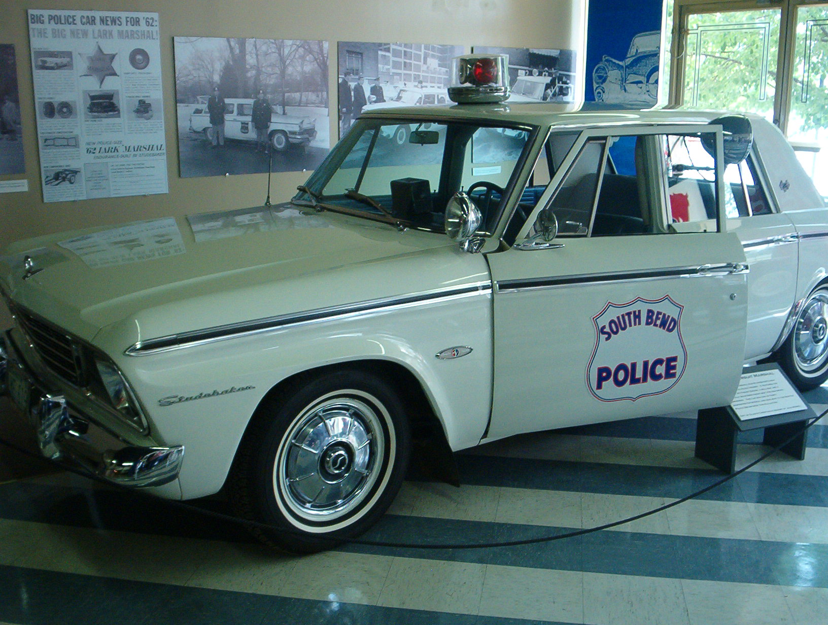 Gsa Car Auctions >> Emergency Services Vehicles Photographs - The Crittenden Automotive Library