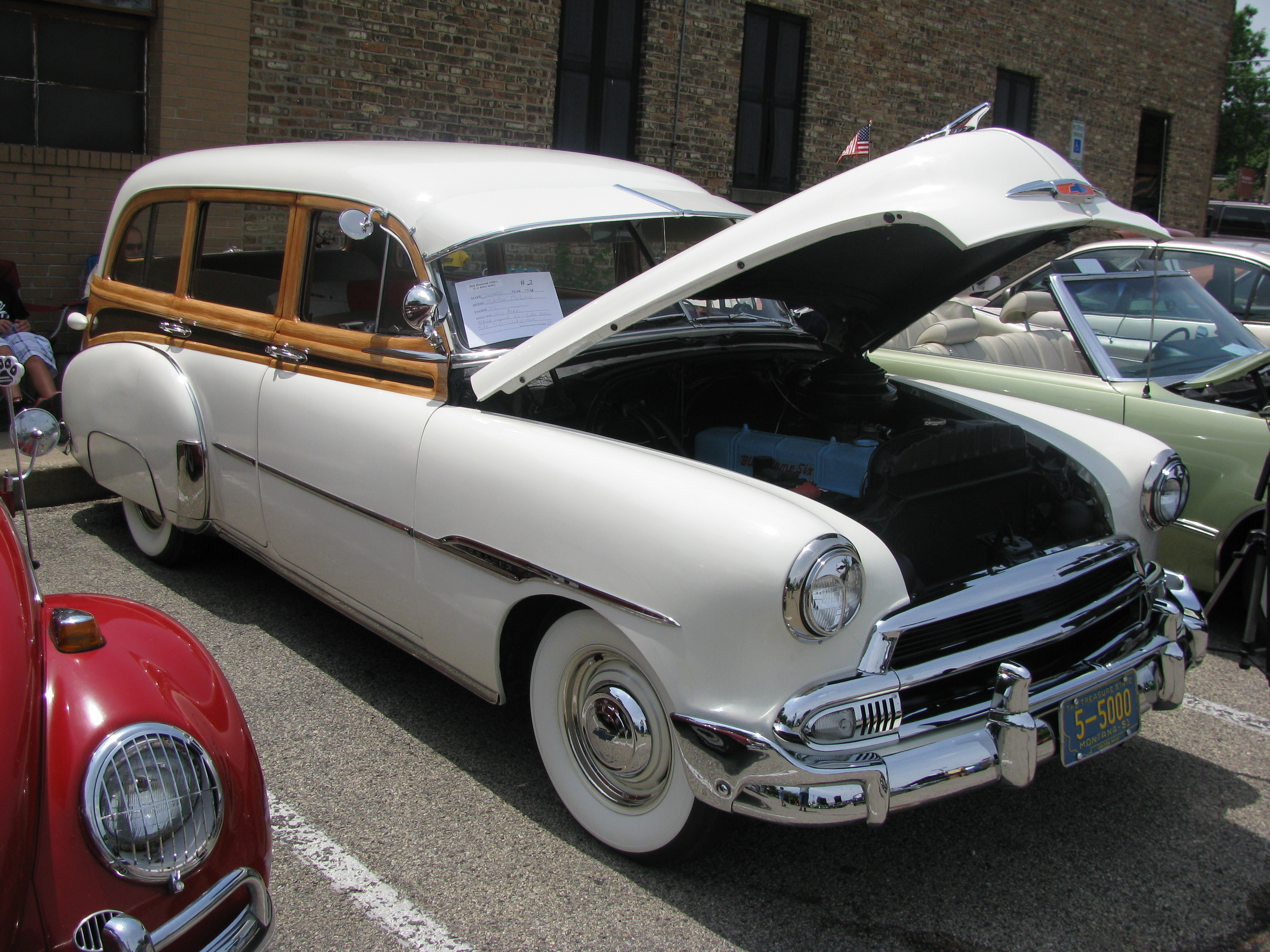 ff085069f View photo of 1951 Chevrolet Styleline Deluxe Station Wagon ...